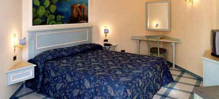 Hotel Garibaldi: Camera Matrimoniale/Doppia MILAZZO - MESSINA