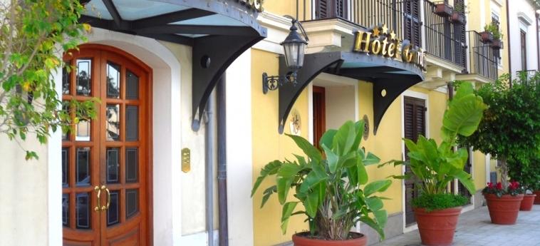 Hotel Garibaldi: Facciata MILAZZO - MESSINA