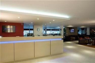 Hotel Holiday Inn Express Milton Keynes: Lounge Bar MILTON KEYNES