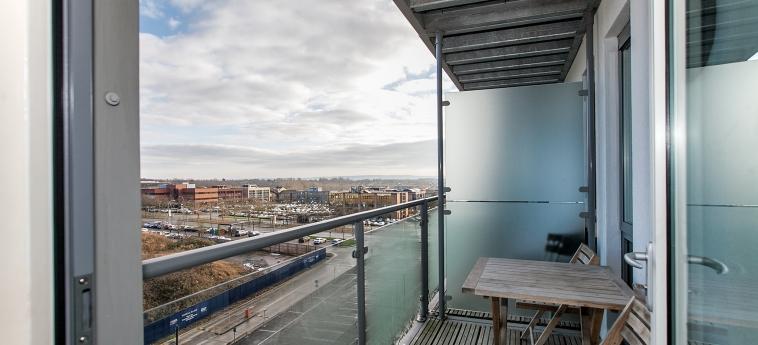 The Hub Serviced Apartments – Shortstay Mk: Balcone MILTON KEYNES