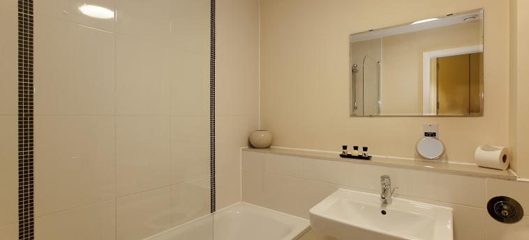 The Hub Serviced Apartments – Shortstay Mk: Salle de Bains MILTON KEYNES