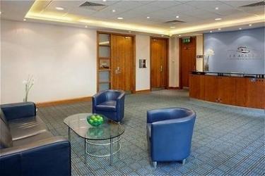 Hotel Holiday Inn Milton Keynes Central : Reception MILTON KEYNES