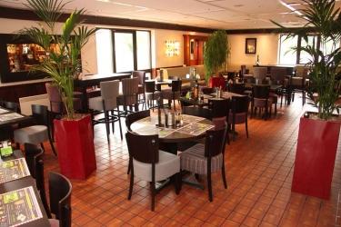 Hotel Campanile Milton Keynes: Restaurant MILTON KEYNES