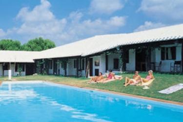 Hotel Apartamentos Hlg Binivell Park: Swimming Pool MINORQUE - ILES BALEARES