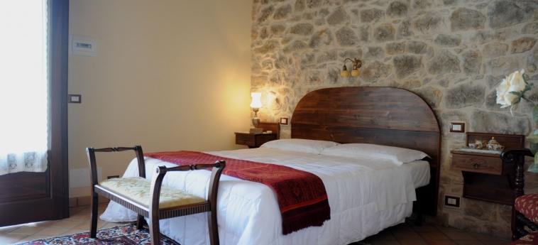 Hotel Torre Don Virgilio Country: Garten MODICA - RAGUSA