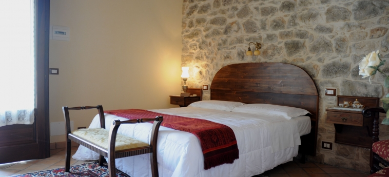 Hotel Torre Don Virgilio Country: Schlafzimmer MODICA - RAGUSA