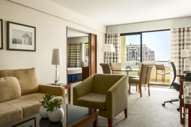 Hotel Riviera Marriott La Porte De Monaco: Dettagli Strutturali MONACO - MONTE CARLO