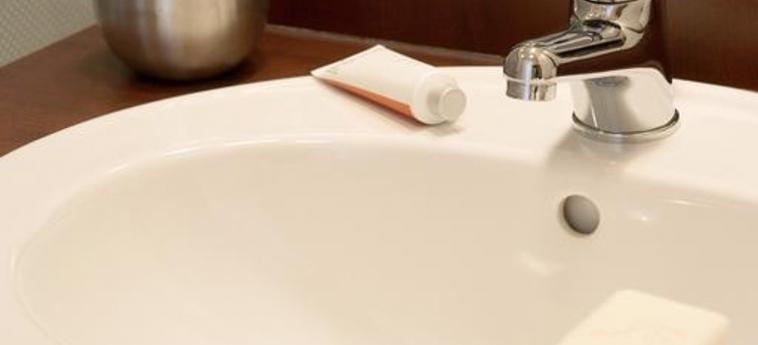 Aparthotel Adagio Monaco Monte Cristo: Bathroom MONACO - MONTE CARLO