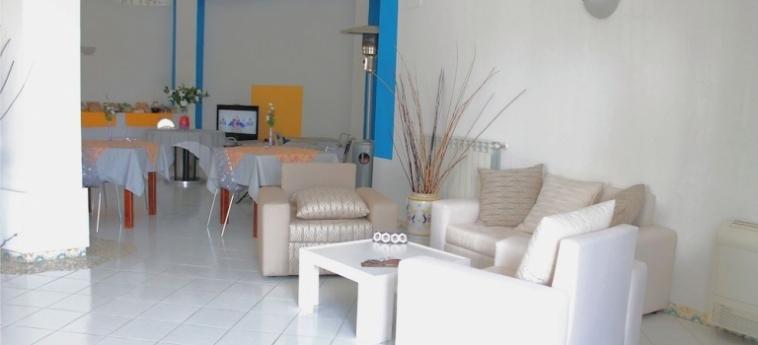 Hotel Exagon: Dormitory 6 Pax MONDRAGONE - CASERTA