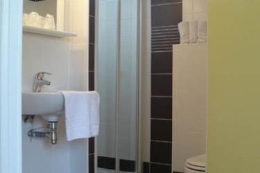 Hotel Arcantis Le Beauvoir: Cuarto de Baño MONT SAINT MICHEL