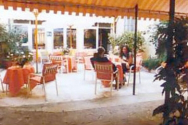 Hotel Tonfoni: Außen Restaurant MONTECATINI TERME - PISTOIA