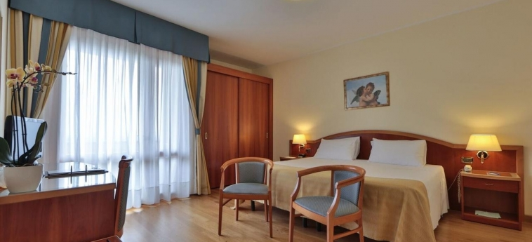 Hotel Terme Imperial: Room - Guest MONTEGROTTO TERME - PADUA