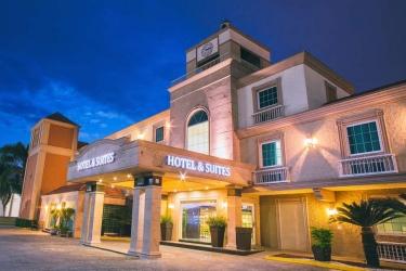 Hotel Best Western Plus Monterrey Colon: Esterno MONTERREY