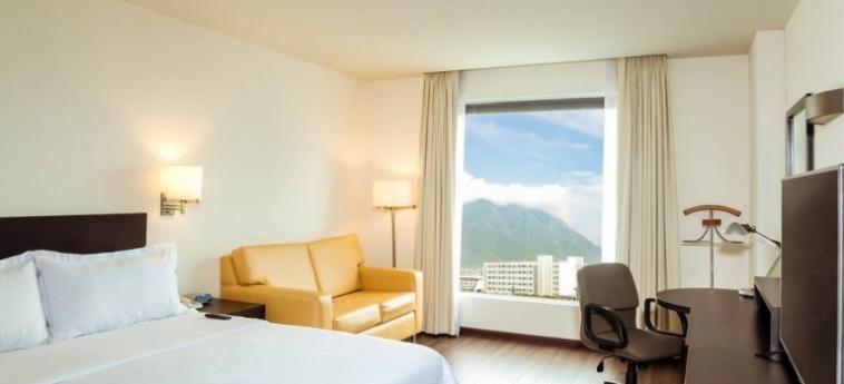 Hotel Fiesta Inn Monterrey Tecnológico: Living Room MONTERREY