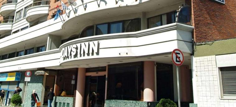 Hotel Days Inn: Exterior MONTEVIDEO
