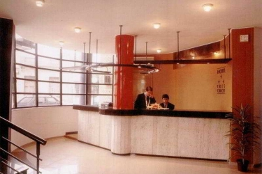Hotel Tres Cruces: Lobby MONTEVIDEO