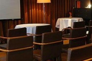 Hotel Le Jardin Des Sens: Kirche MONTPELLIER