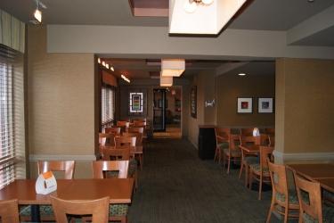 Hotel Quality Inn & Suites P.e. Trudeau Airport: Detalle Interior MONTREAL