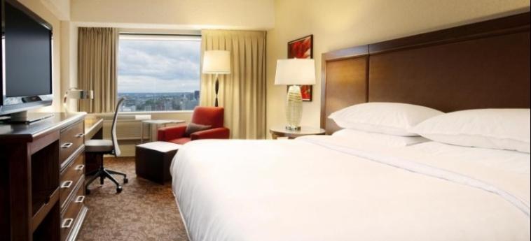 Hotel Le Centre Sheraton Montreal: Bedroom MONTREAL
