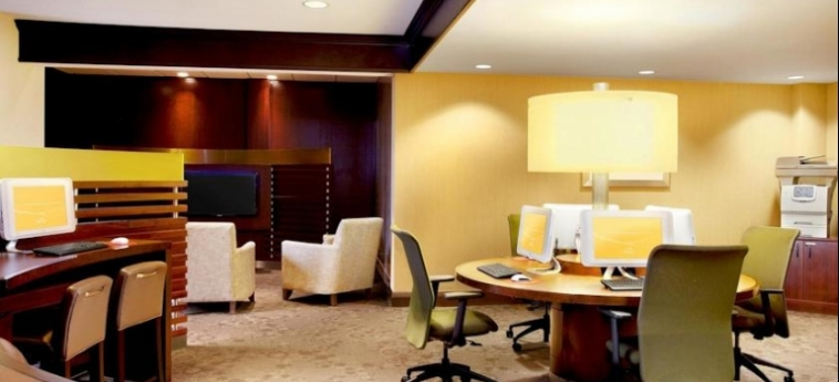 Hotel Le Centre Sheraton Montreal: Internet Point MONTREAL