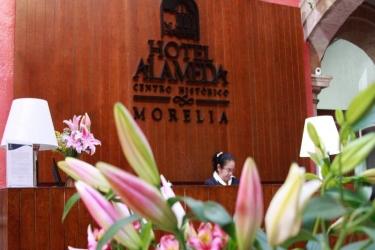Hotel Alameda Centro Histórico: Lobby MORELIA