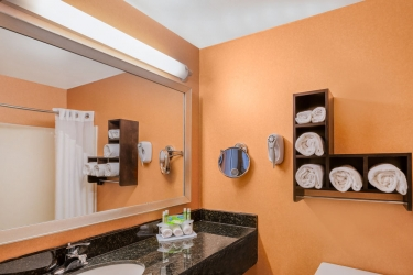 Holiday Inn Express Hotel & Suites San Jose Morgan Hill: Cuarto de Baño MORGAN HILL (CA)