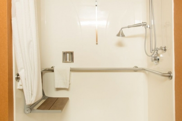 Holiday Inn Express Hotel & Suites San Jose Morgan Hill: Salle de bain / Douche MORGAN HILL (CA)