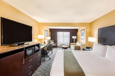 Holiday Inn Express Hotel & Suites San Jose Morgan Hill: Guestroom MORGAN HILL (CA)