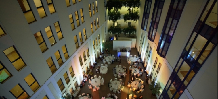 Hotel Baltschug Kempinski: Hotel Details MOSKAU