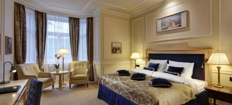 Hotel Baltschug Kempinski: Doppelzimmer MOSKAU