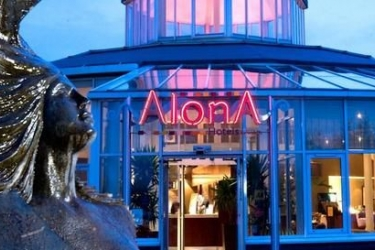 Alona Hotel: Frente Hotel MOTHERWELL