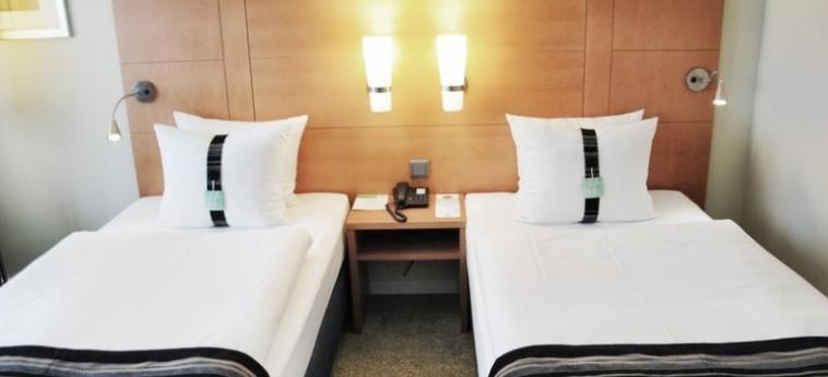 Hotel Holiday Inn Munich City Centre: Doppelzimmer - Twin MÜNCHEN