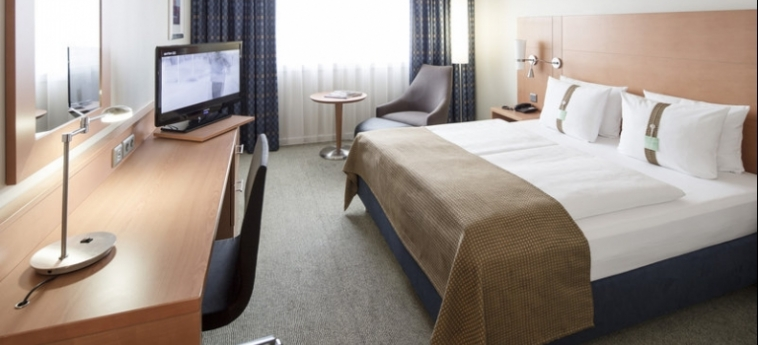 Hotel Holiday Inn Munich City Centre: Komfort Zimmer  MÜNCHEN