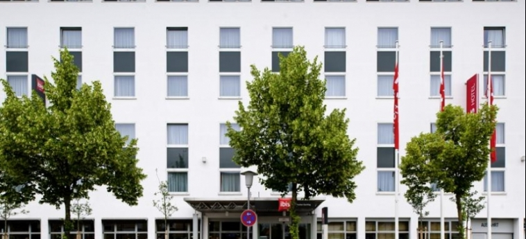 Hotel Ibis Muenchen Garching: Facade MUNICH