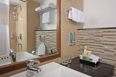 Hotel Pine Hill: Badezimmer MUSSOORIE