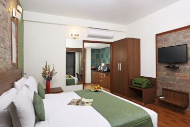 Hotel Pine Hill: Gastzimmer Blick MUSSOORIE
