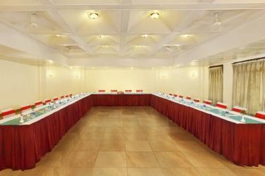 Hotel Pine Hill: Indoor-Hochzeit MUSSOORIE