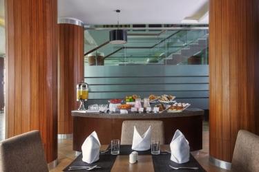 Hotel Pine Hill: Restaurant MUSSOORIE