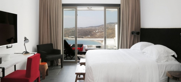 Hotel Myconian Avaton Resort: Golf Course MYKONOS