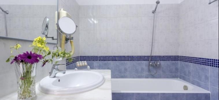 Hotel Kosmoplaz: Cuarto de Baño MYKONOS