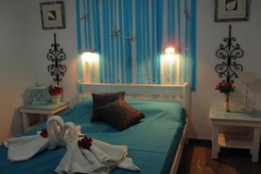 Pension Kymata: Schlafzimmer MYKONOS