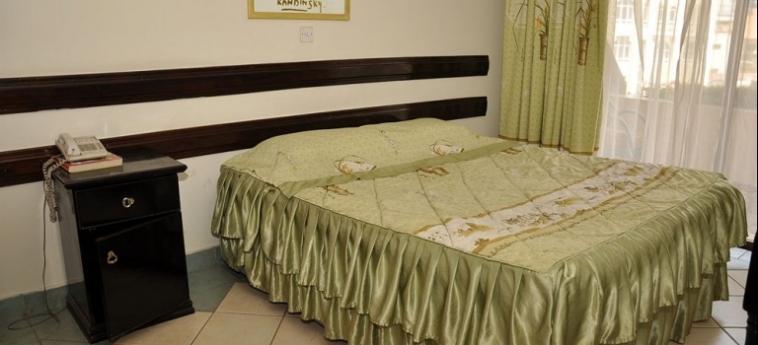 Marble Arch Hotel: Salle de Bains NAIROBI