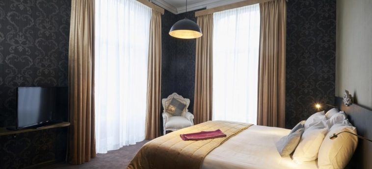 Hotel Chateau De Namur: Habitaciòn Doble NAMUR