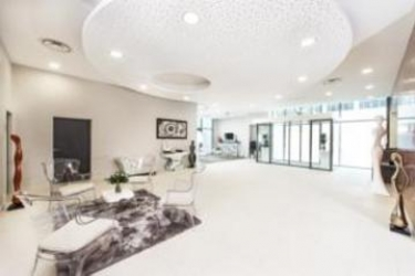 Hotel Seven Urban Suites Nantes Centre: Hall NANTES