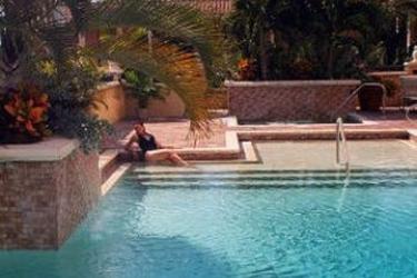 Hotel Inn On Fifth: Piscine Découverte NAPLES (FL)