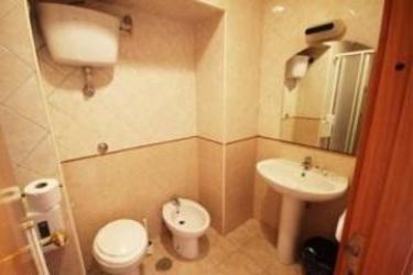 Hotel Zara: Bagno NAPOLI