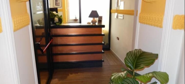 Hotel Le Orchidee: Reception NAPOLI