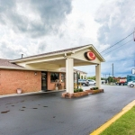 Hotel Econo Lodge North