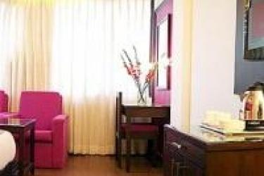 Hotel Bb Palace: Schlafzimmer NEU-DELHI