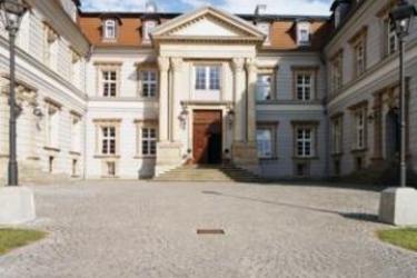 Hotel Golden Tulip Schloss Neustadt-Glewe: Außen NEUSTADT - GLEWE